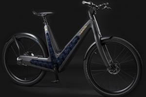 La Leaos solar è la primi bici italiana che va a energia solare