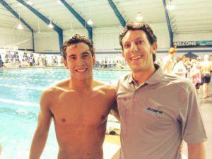 Marcelo Acosta e Gianluca Alberani. L'atleta di El Salvador è il primo del suo Paese a qualificarsi di diritto a un Olimpiade