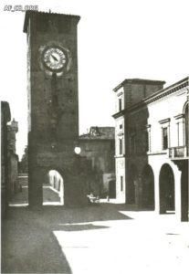 La Torre nel 1915 circa (foto proveniente dal Fondo Pietro Costa-Biblioteca Comunale)