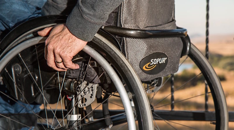 disabilità sedia a rotelle