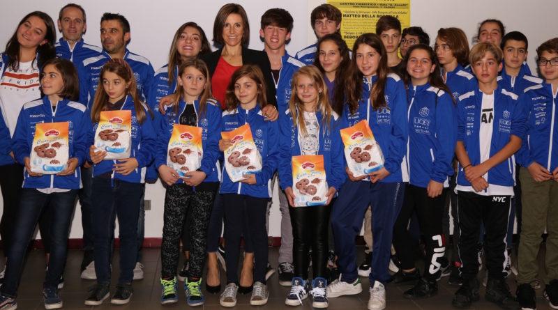 Deborah Compagnoni e giovanisciclubUOEI