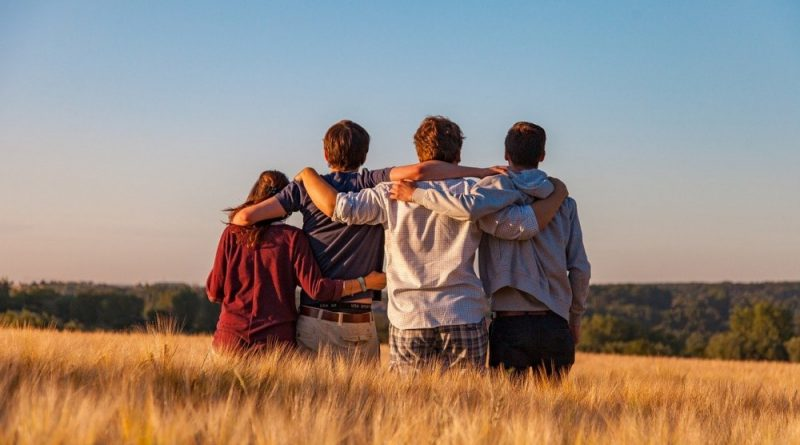 Adolescenti giovani ragazzi faenza